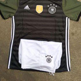 Áo bóng đá giá sỉ