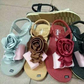 Giày sandal nữ giá rẻ 40k giá sỉ