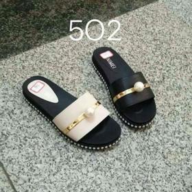 giầy dép quảng châu giá sỉ