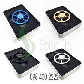 Con Quay Vô Lăng-Wheel Spinner-Fidget Spinner giá sỉ