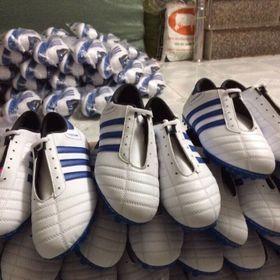 Thể thao giải trí giày đá banh nhân tạo nam giá sỉ