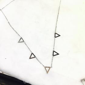 dây chuyền tam giác inox giá sỉ 19k giá sỉ