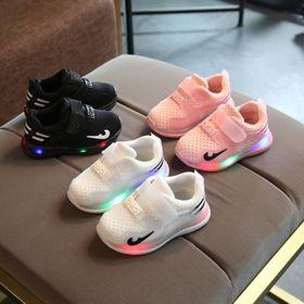 Giày thể thao có đèn led cho bé gái 1 - 3 tuổi giá sỉ