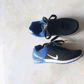 giày thể thao cực đẹp hình giá sỉ