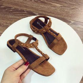 giày sandal nữ đinh giá sỉ