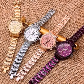 đồng hồ màu tím hot trend độc đẹp giá sỉ