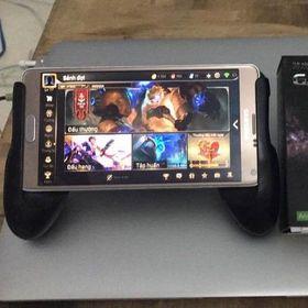 Kẹp điện thoại chơi game Game Pad giá sỉ
