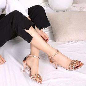 sandal gót giá sỉ
