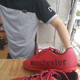 giày đá bóng MU giá sỉ