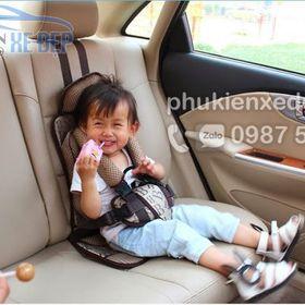 Đai ngồi ô tô cho bé giá sỉ
