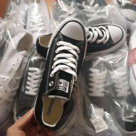 Giày sneaker CV đen trắng giá sỉ
