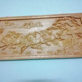 tranh gỗ và vòng gỗ pơ mu có mùi thơm giá sỉ