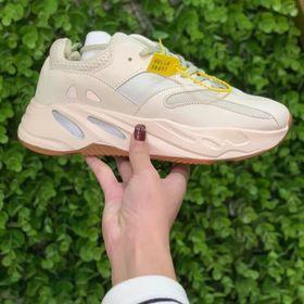 Giày thể thao nữ YZ700-02 giá sỉ