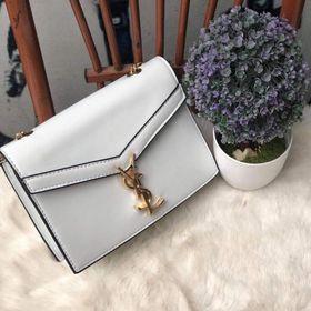 Túi xách nữ nắp chéo khoá hoạ tiết chữ kim loại giá sỉ