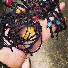 vòng tay chỉ đỏ tết đá phong thủy giá sỉ