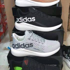 Giày thể thao adidass giá sỉ