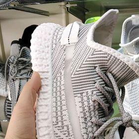 Giày yz nam sẵn hàng giá sỉ