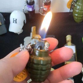 bật lửa móc khóa hình lựu đạn nhỏ giá sỉ