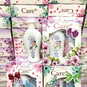 Hộp quà tặng Sữa tắm Care kèm bông tắm giá sỉ
