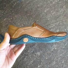 Giày clark nam giá sỉ