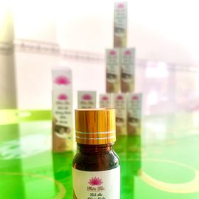 Tinh dầu trầm hương nguyên chất 100% giá sỉ