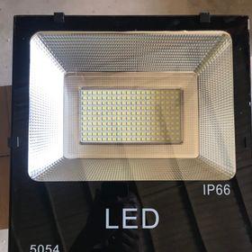 Đèn pha LED 200W 5054 giá sỉ