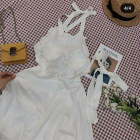 Đầm yếm trắng có mút ngực + lót quần nhé vải thì khỏi chê luôn ạ giá sỉ