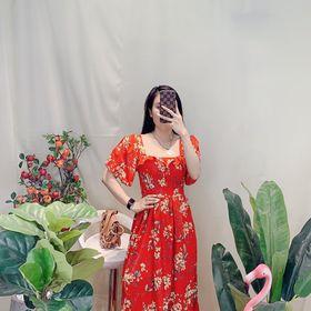 Đầm hoa cổ vuông giá sỉ