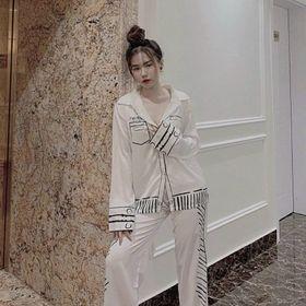Đồ ngủ đồ mặc nhà tdqd trắng 2 túi chất lụa Quảng Đông giá sỉ