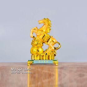 Ngựa Phong Thủy Mạ Vàng Đế Kiếng giá sỉ