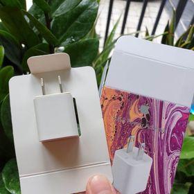 Củ sạc vuông IPhone 001 made in Japan zin linh kiện full box giá sỉ