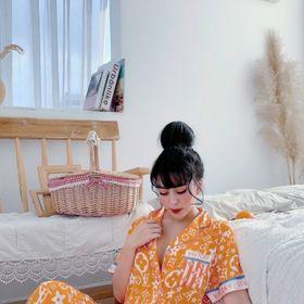 Đồ ngủ đồ mặc nhà tnqd L V cam phối viền chất lụa quãng châu giá sỉ