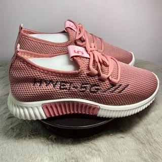 Giày Sneaker Hồng Cho Nữ giá sỉ